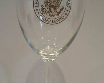 Vintage Camp David Presidential Retreat Wine Glass