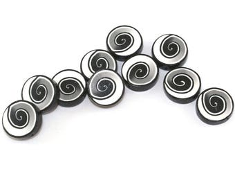 Ombre spiral coin beads in black, gray and white, millefiori beads, 10 polymer clay beads, round flat beads, handmade beads, jewelry making