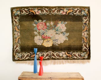 Floral Tapestry Weaving