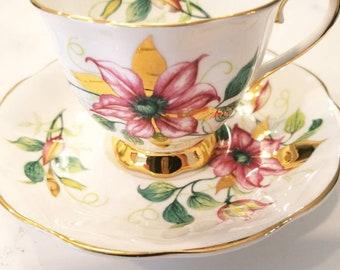 ROYAL ALBERT Bone China Tea Cup and Saucer / Vintage Tea Party / Collectible