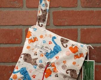 Knitting Bag, Crochet, Knit, Yarn, Wool, Cat, Yarn Storage, Yarn Bag with Hole, Grommet, Handle, SYB111