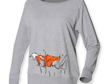 Women fox sweat, fox jumper, lounge shirt, grey cotton sweatshirt, loose fit top, lady fox, fox in the grass