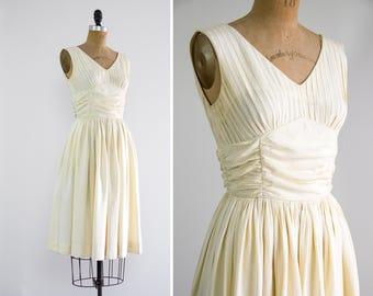vintage 1950s wedding dress short   50s ivory wedding dress   vintage white dress