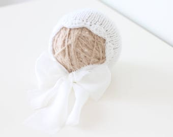 Newborn girl hat - Baby girl hat - Photo prop hat - Baby hat - Photo props - Newborn hat - Baby girl - Baby props - Photography prop - White