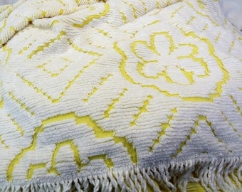 Vintage Chenille Bedspread Queen full yellow white with fringe geometric flowers