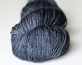Atelier Pinnacle Hand Dyed Merino Single Fingering Yarn | Close to Midnight