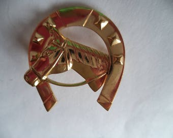 Vintage Unsigned Small Lightweight Horseshoe and Horse Brooch/Pin