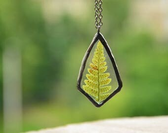 real plant jewelry, glass flower necklace, fern pendant, gift sister, woodland pendant, nature jewelry, gift womens
