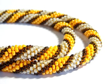 Necklace crochet spiral silver-orange seed beads (003)
