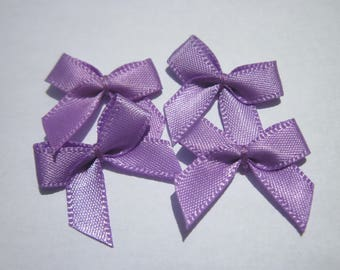 4 nodes in satin 20 to 21 mm approx - stitched fabric - (A287)