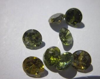 10 round beads 4mm Green zirconium Crystal cone