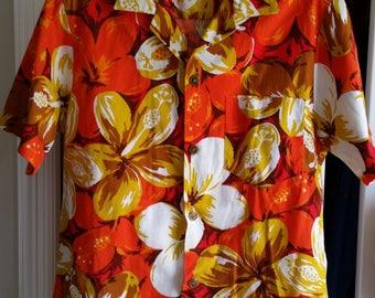 1960's Vintage Royal Hawaiian Bark Cloth Hawaiian Shirt - Size Medium