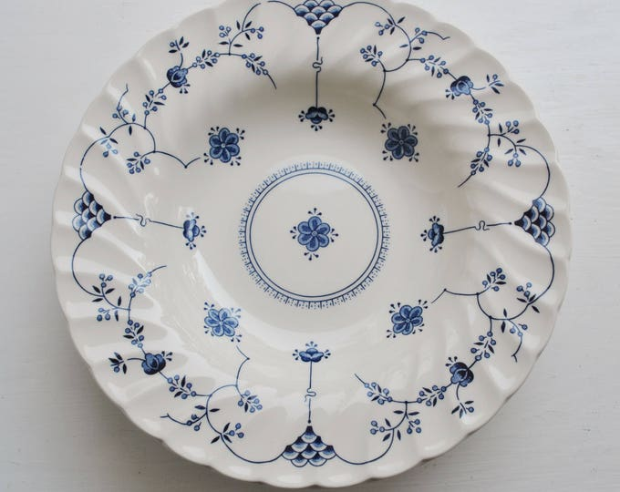 Churchill Staffordshire England Finlandia Blue Bowls Coupe Cereal Set of 4