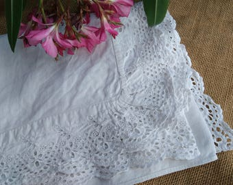 Long White Victorian Linen Shelf Edging or Runner Eyelet lace Embroidered or French Linen for Sewing Project Curtain #sophieladydeparis