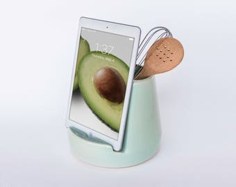 STAK Kitchen Tablet Dock, Mint Green