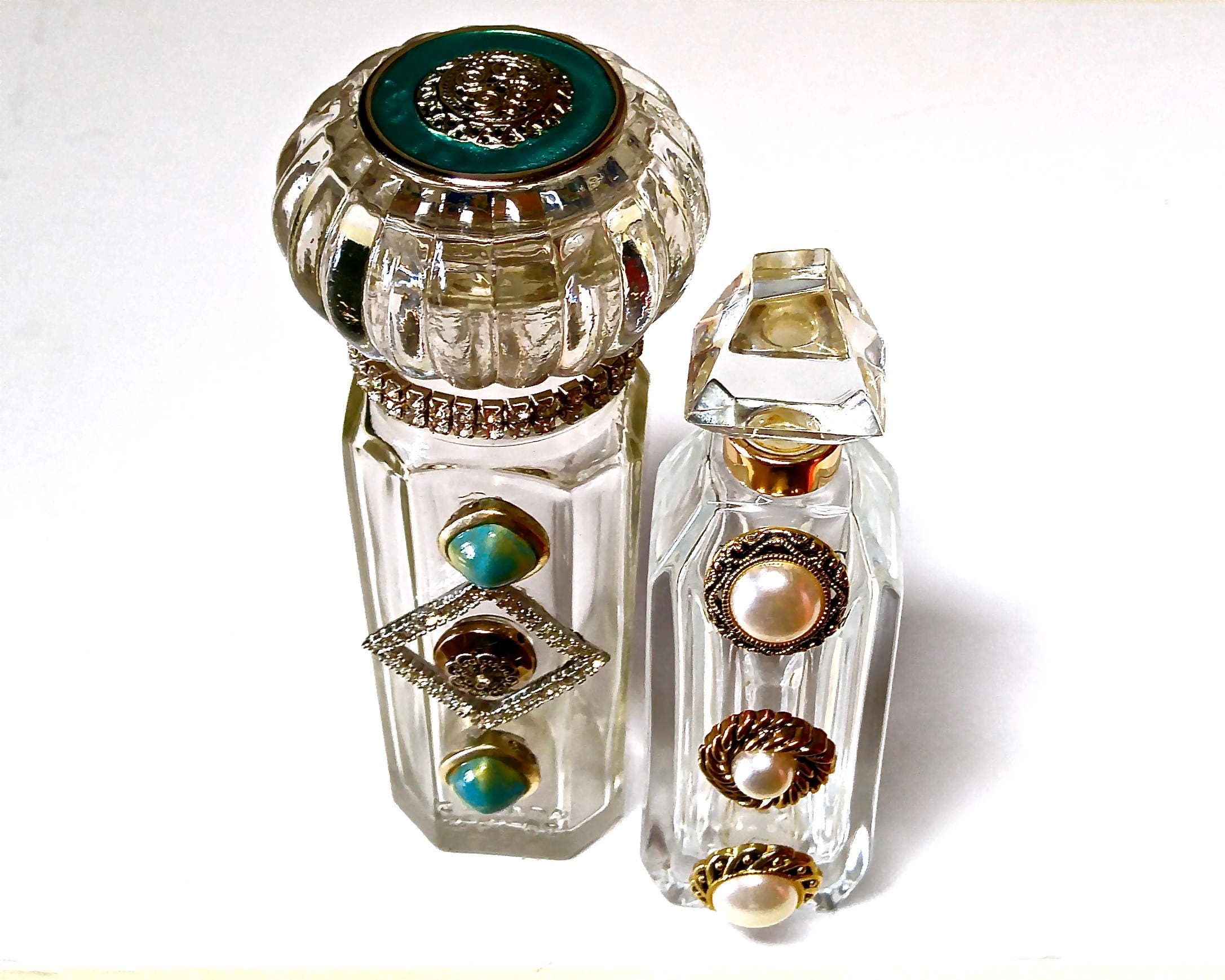 jewelry decorated glass bottles upcycled rustic home accents. Black Bedroom Furniture Sets. Home Design Ideas