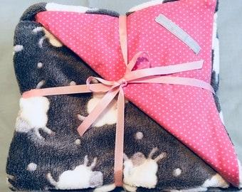 Pink sheep baby blanket