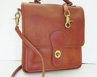 Coach USA British Tan Station Bag 5130 Pre-style Creed BEAUTIFUL