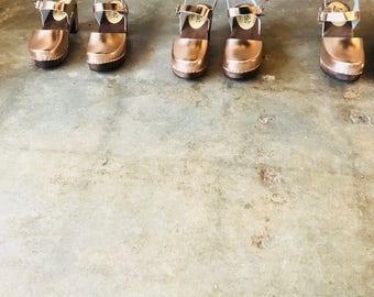 Swedish Clogs Highwood Brown Oiled Leather by Lotta from Stockholm / Wooden Clogs / Leather Rose Gold Clogs / Sizes 6-10.5