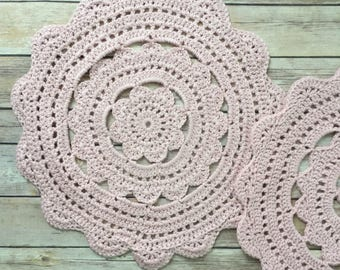 Pink placemats/ set of 2