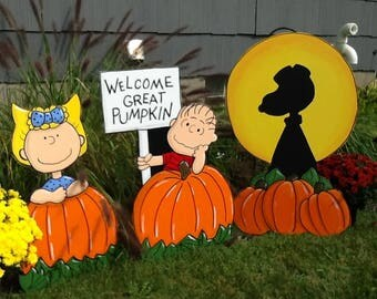 Hand Painted  Snoopy Sally  Linus Welcome Great Pumpkin Halloween Yard Art