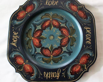 "Beautiful Norwegian Rosemaling ~ Romsdal Style ~ 10"" Sqalloped Square Plate"