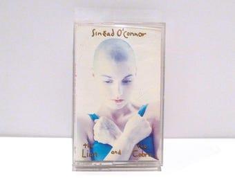 Sinead O'Connor - The Lion and the Cobra Cassette Tape Vintage 1987 I Want Your Hands On Me Jackie Mandinka Jerusalem Never Get Old Indie