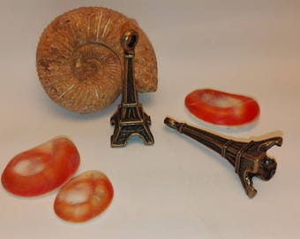 30 * 9mm bronze color metal Eiffel Tower pendant