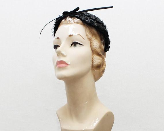 Vintage 1940s Black Woven Raffia Casque Hat
