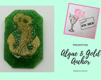Algae Green and Gold Anchor Brooch