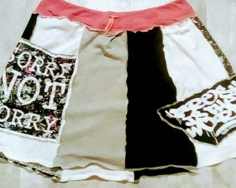 Upcycled T-shirt panel skirt Fresh radio torrid size xl 14-16