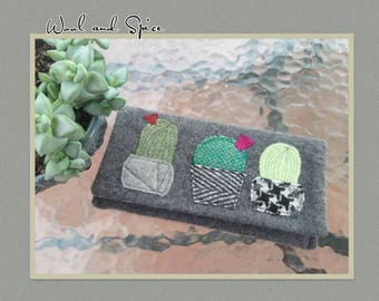 Wool Pouch, Upcycle, Felted Wool, Handmade, Pouch, Michael Miller Print Cotton L, Cashmere, Recycled Clothing, Cactus