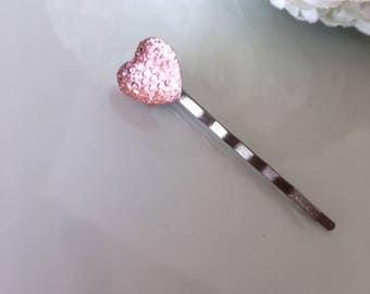 Beautiful sparkle heart button clip perfect for planners and travelers notebooks - two colors available