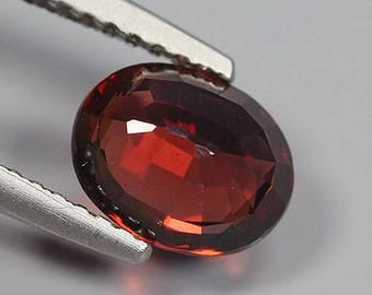 1.70 Ct Natural Purplish Red RHODOLITE GARNET