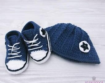 Crochet Baby set Crochet Baby hat Custom converse Baby converse shoes Sports baby gift Baby boy converse