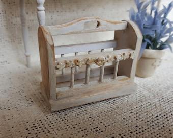 Miniature magazine rack