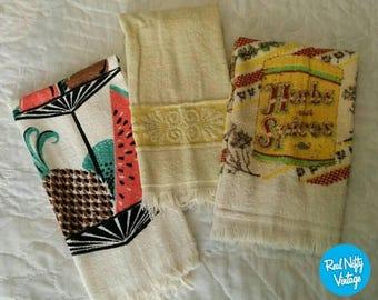 Vintage Hand Towels/Dish Towels   Retro Terry Cloth Kitchen Towels, Fruit  Kitchen,