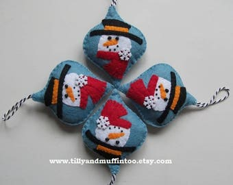 Felt Snowman Christmas Ornament/Decoration/Bauble.Kawaii Snowman.Felt Decoration/Ornament/Bauble.Felt Snowman.Felt Kawaii Snowman.Snowman.