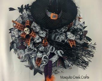 Witch Halloween Wreath, Halloween Wreath for Front Door, Halloween Wreath, Witch Wreath