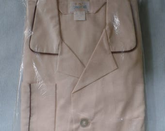 Vintage Men's Pajamas XL/ Extra Large, New Old Stock Classic Sleepwear, Long Sleeve & Leg, Melet Inc., Tan with Brown Piping, NOS Made in WV