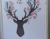 """Magnifique babillard aimanté recouvert de tissu """"cerf aux bois en fleurs"""" organisation mémo photo décor mural chambre enfant atelier artiste"""