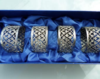 Silver Plated Napkin rings In original box  set of 4 Made in England Filigree Napkin rings