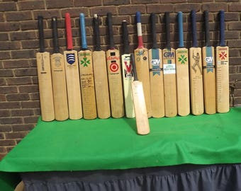 Vintage Cricket Bats  Genuine English Willow Signed Cricket Bats Take your Pick New Photo July 2017