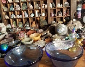 Vintage Fire King bowls set