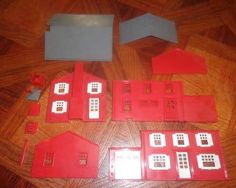 Plasticville farm set ,use with Lionel or American Flyer electric trains1950s
