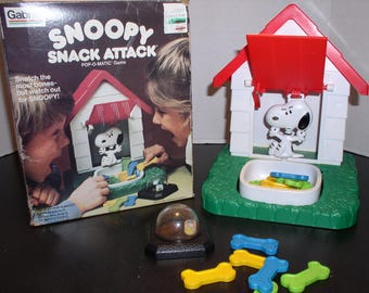 SNOOPY Snack Attack Pop-O-Matic Game - Gabriel (1980) in Box  - Vintage Toy