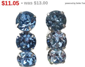 ON SALE! Blue Rhinestone Earrings Vintage Silver Tone Screwback Earrings, Bridal Jewelry