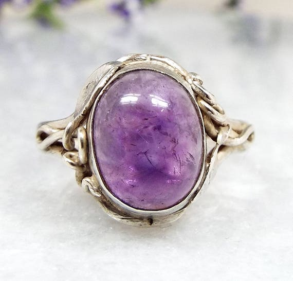Vintage / Art Nouveau Sterling Silver Purple Amethyst Vine Leaves Ring / Size K