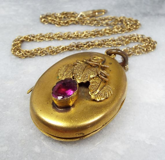 Antique Early Victorian Large Gold Pinchbeck Amethyst Paste Leaf Locket Necklace