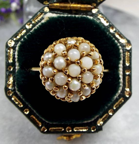 Vintage 1971 9ct Yellow Gold Ornate White Cultured Pearl Cluster Ring / Size O